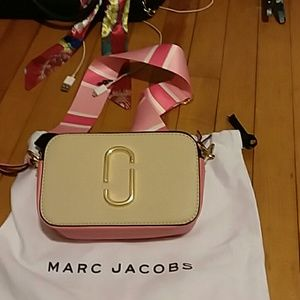 Marc Jacobs camera pocketbook snapshot